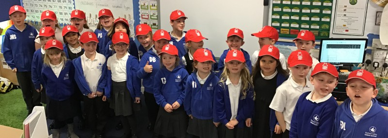 Y2 Oak Class wearing their new hats